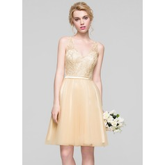 A-Line/Princess V-neck Knee-Length Tulle Homecoming Dress With Ruffle Beading Sequins