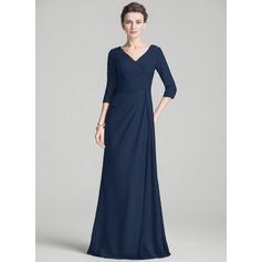 Vestidos princesa/ Formato A Decote V Sweep/Brush trem De chiffon Vestido para a mãe da noiva com Pregueado Bordado