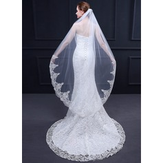 One-tier Lace Applique Edge Waltz Bridal Veils With Lace (006164701)
