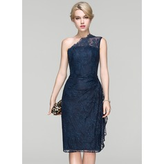Sheath/Column One-Shoulder Knee-Length Lace Cocktail Dress With Ruffle (016094373)