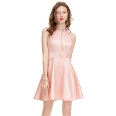 A-Line/Princess Scoop Neck Short/Mini Satin Homecoming Dress With Beading (022127925)