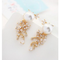 Nice Alloy Crystal Ladies' Fashion Earrings
