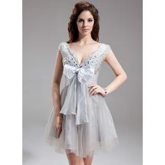 Empire V-neck Short/Mini Organza Tulle Homecoming Dress With Ruffle Beading Bow(s)