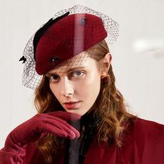 Damen Glamourös/Klassische Art/Hübsche Wollen mit Tüll Baskenmütze Hut