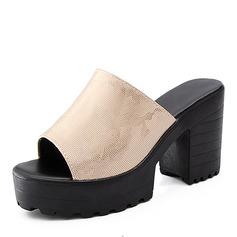 Kvinnor PU Tjockt Häl Sandaler Pumps skor