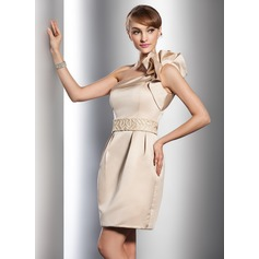 Vestido tubo Un sólo hombro Corto/Mini Satén Vestido de novia con Bordado Cascada de volantes