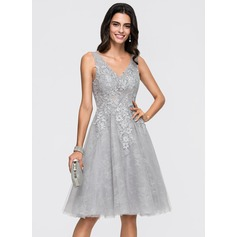 A-Line V-neck Knee-Length Tulle Homecoming Dress With Sequins (022164861)
