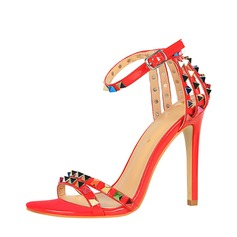Kvinnor PU Stilettklack Sandaler Pumps Peep Toe med Nita Spänne skor