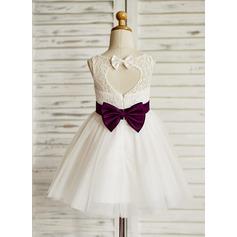 A-Line/Princess Knee-length Flower Girl Dress - Tulle/Lace Sleeveless Jewel With Sash/Bow(s)/Back Hole (010090284)