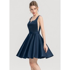 A-Line/Princess Square Neckline Short/Mini Satin Homecoming Dress