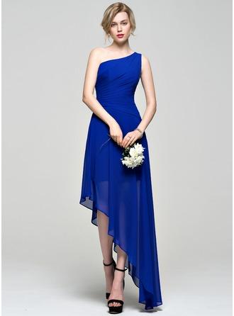 A-Linie/Princess-Linie Eine Schulter Asymmetrisch Chiffon Brautjungfernkleid mit Rüschen