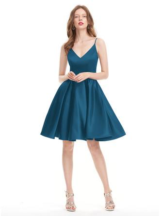 A-Line V-neck Knee-Length Satin Prom Dresses