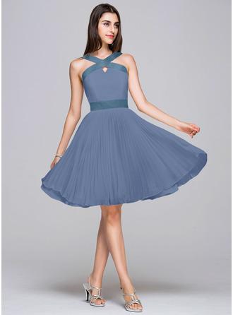 A-Line V-neck Knee-Length Chiffon Satin Homecoming Dress With Pleated