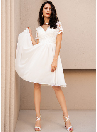 A-Line V-neck Knee-Length Chiffon Prom Dresses With Lace
