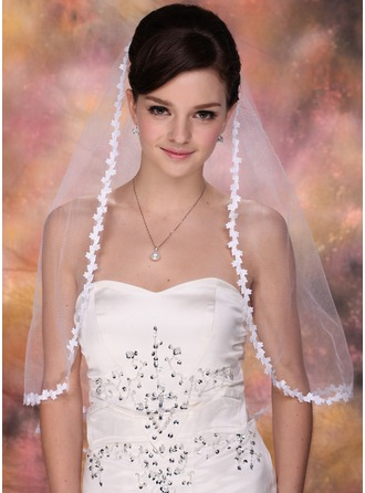 One-tier Elbow Bridal Veils With Lace Applique Edge