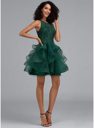 De Baile/Princess Decote redondo Curto/Mini Tule Vestido de boas vindas com lantejoulas