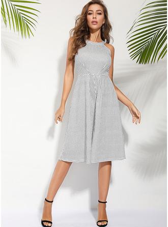 Nadruk Sukienka Trapezowa Bez Rękawów Midi Nieformalny Łyżwiaż Modne Suknie