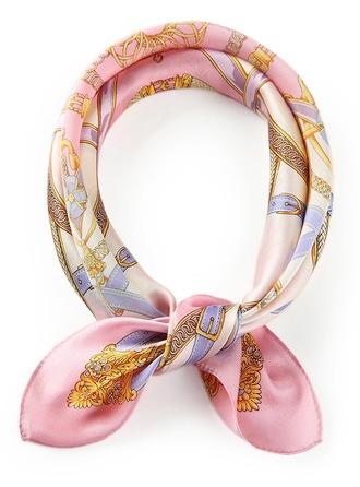 Ponča/Náměstí Čtvercový šátek ()