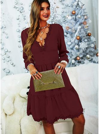 Koronka Jednolity Sukienka Trapezowa Długie rękawy Mini Mała czarna Elegancki Łyżwiaż Modne Suknie