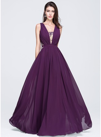 A-Line/Princess V-neck Floor-Length Chiffon Prom Dress With Ruffle Lace