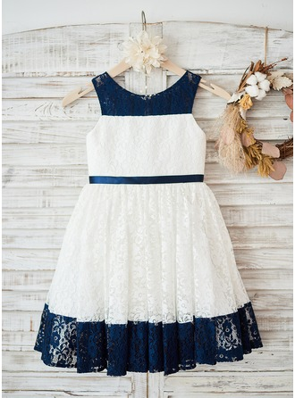 A-Line/Princess Knee-length Flower Girl Dress - Lace Sleeveless Scoop Neck