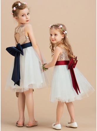 Princesový Po kolena Flower Girl Dress - Satén/Tyl/Sequined Bez rukávů Scoop Neck S flitry/Luk (Nedělitelná křídla)