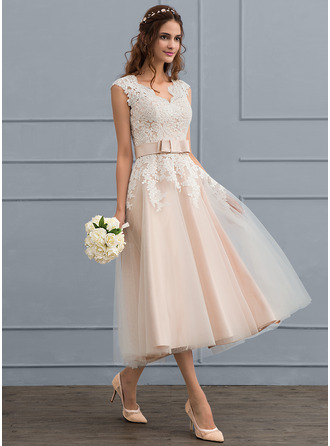 A-Line/Princess V-neck Tea-Length Tulle Wedding Dress With Bow(s)