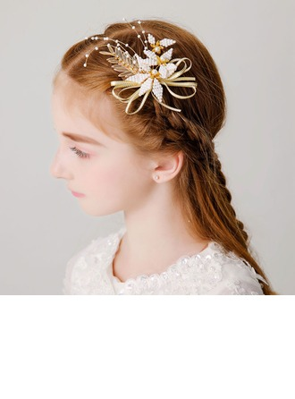 With Imitation Pearls/Flower Hairpins (Sold in a single piece)