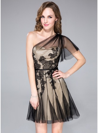 A-Line/Princess One-Shoulder Short/Mini Tulle Cocktail Dress With Appliques Lace Cascading Ruffles