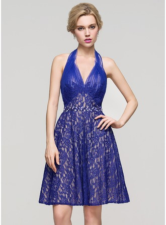 A-Line/Princess Halter Knee-Length Lace Homecoming Dress With Ruffle Beading Sequins