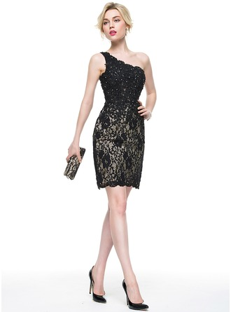 Sheath/Column One-Shoulder Knee-Length Lace Cocktail Dress With Beading Sequins