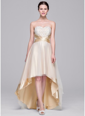 A-Line/Princess Sweetheart Asymmetrical Tulle Wedding Dress With Ruffle Beading Appliques Lace Sequins