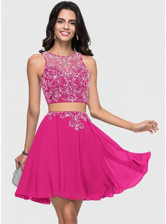 A-Line/Princess Scoop Neck Short/Mini Chiffon Homecoming Dress With Beading
