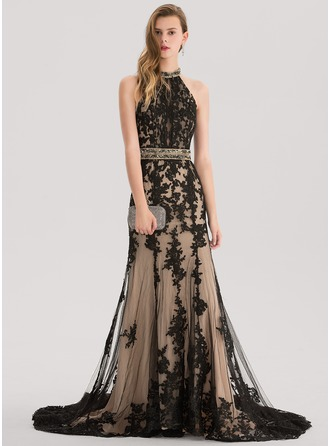 Trumpet/Mermaid Scoop Neck Court Train Lace Prom Dress With Beading