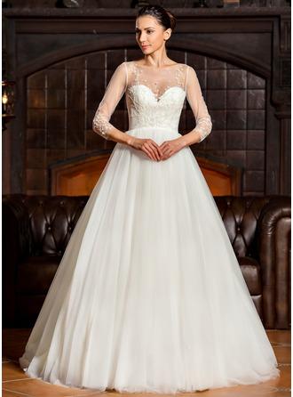 Corte de baile Escote redondo Barrer/Cepillo tren Tul Vestido de novia con Bordado