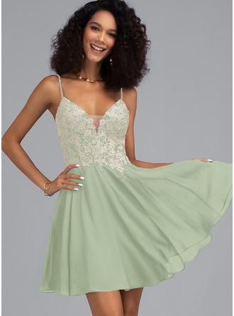 A-Line V-neck Short/Mini Chiffon Prom Dresses With Beading