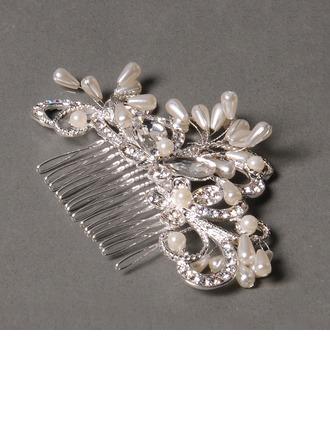 Elegant Rhinestone/Alloy/Freshwater Pearl Combs & Barrettes