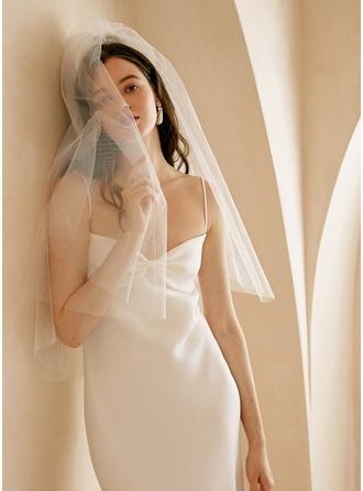 Dvouvrstvá Zastřižený okraj Elbow Svatební Závoje