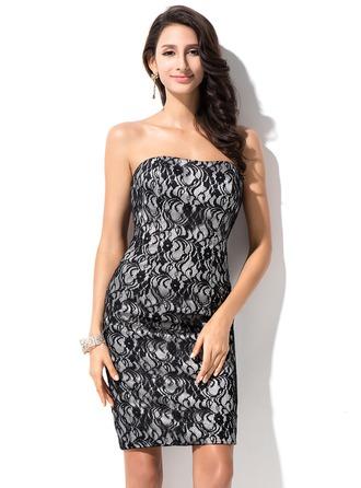 Sheath/Column Strapless Knee-Length Lace Homecoming Dress
