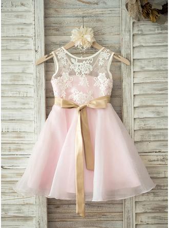 Forme Princesse Longueur genou Robes à Fleurs pour Filles - Organza/Dentelle Sans manches Col rond avec Ceintures/V retour