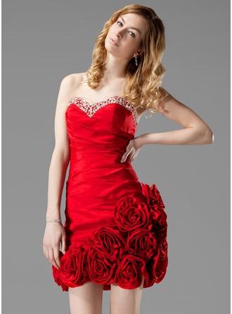Sheath/Column Sweetheart Short/Mini Taffeta Homecoming Dress With Ruffle Beading Flower(s)