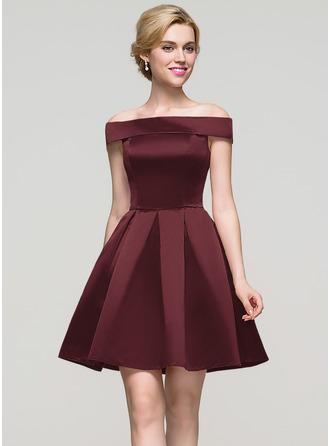 A-Line Off-the-Shoulder Short/Mini Satin Homecoming Dress