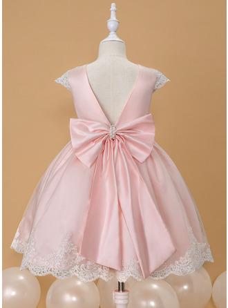 Plesové/Princesový Po kolena Flower Girl Dress - Satén/Krajka Bez rukávů Scoop Neck S Zdobení korálky/Luk