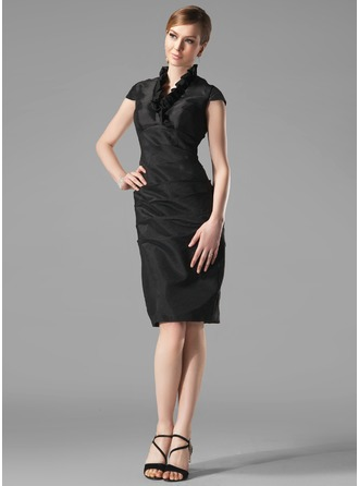 Etui-Linie V-Ausschnitt Knielang Taft Festliche Kleid mit Rüschen