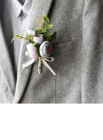Discreto Flores de seda Boutonniere -