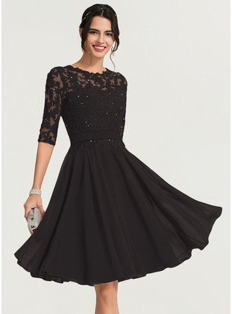 A-Line/Princess Scoop Neck Knee-Length Chiffon Cocktail Dress With Beading