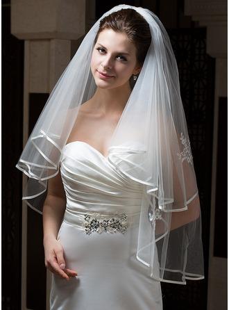 Zweischichtig Fingerspitze Braut Schleier mit Band Rand