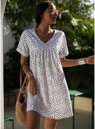 PolkaDot Shiftklänningar Korta ärmar Mini Fritids Semester Modeklänningar