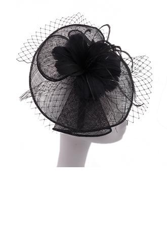 Dames Beau/Élégante/Romantique Batiste avec Feather/Tulle Chapeaux de type fascinator/Kentucky Derby Des Chapeaux/Chapeaux Tea Party