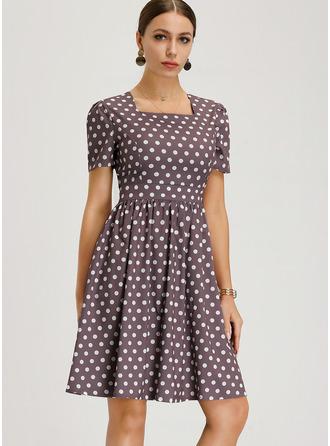 Às bolinhas Vestido linha-A Manga Curta Midi Vintage Casual Elegante Vestidos na Moda